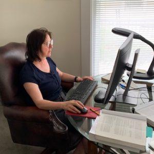 Prof Arcila-Villa works at your desk